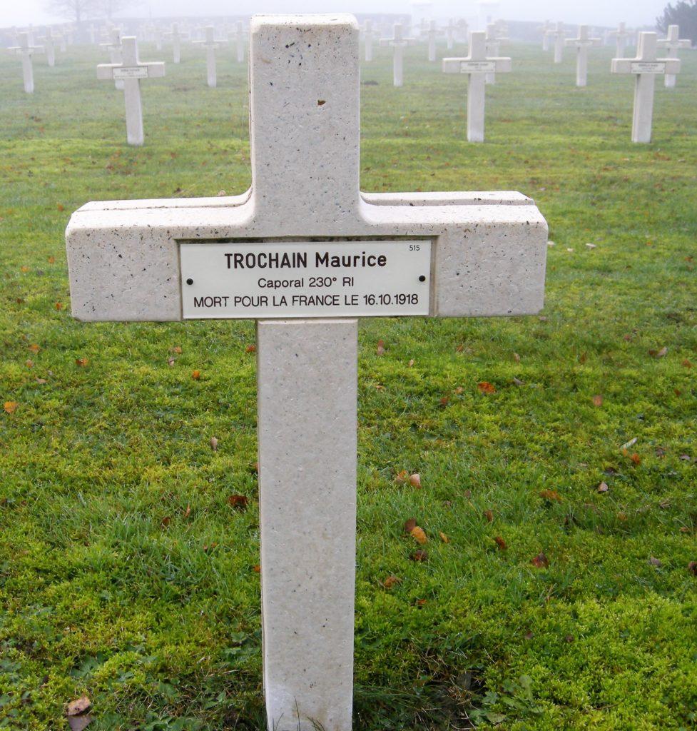 Croix de Maurice Trochain, caporal 230e RI, mort pour la France le 16 octobre 1918.