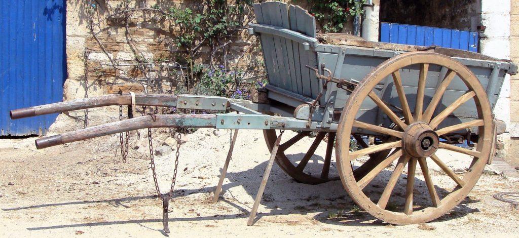 Un tombereau est un véhicule à deux roues destiné au transport des marchandises.